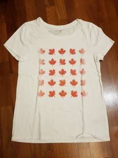 (3 for $15) GAP kids t shirt (maple leaf design)