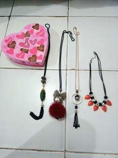 Kalung accesoris plus box