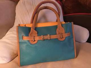 PVC handbag; Color: Green and Yellow; Height 24cm, Width 34cm, Depth 15cm; 95% new.