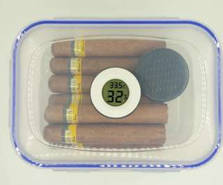Cigar container