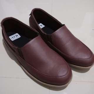Sepatu slipon murah mulus