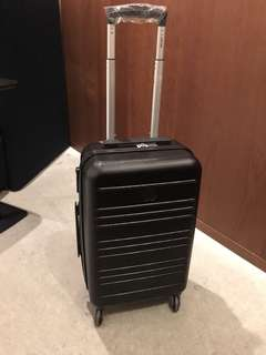 DELSEY HAND CARRY LUGGAGE
