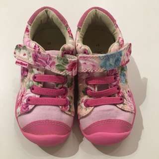 Brand new Pediped floral sneakers size 21