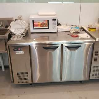 1.2m 2-door Undercounter Chiller
