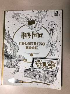 Harry Potter Official Colouring Book