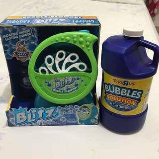Blitz Blowout Bubble Machine with refill