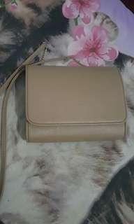 Reprice Clutch bag mocca