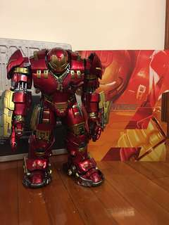 Hottoys IRONMAN Hulkbuster (MMS285)