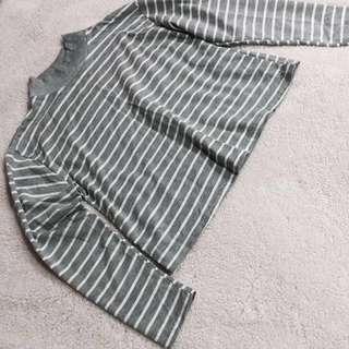 🌱灰色條紋短版T