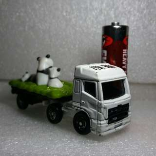 Tomica Animal Transporter