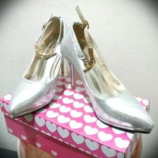 🚚 婚禮派對高跟鞋