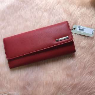 AUTHENTIC‼️ RED KENNETH COLE ELONGATED CLUTCH