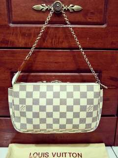 RARE LV pochette Accessories Damier Azur - cream color
