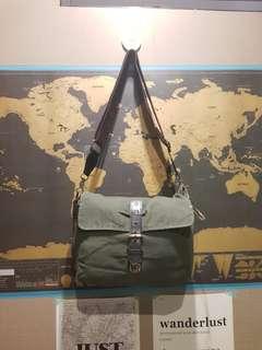 Gouache Harvey Bag in Fatigue Green