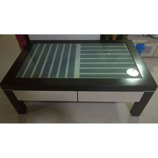 For sale used coffee table living room solid good condition