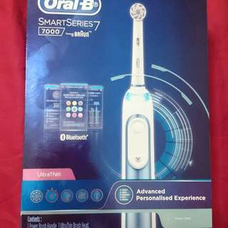 Brand New Oral-B 7000 Electric Toothbrush