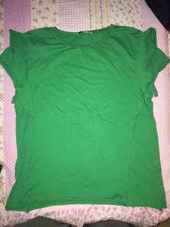 kaos hijau zara