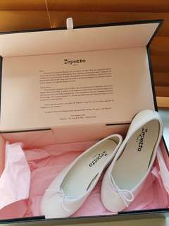 Repetto Shoes - girl's ballerina flats in size 29