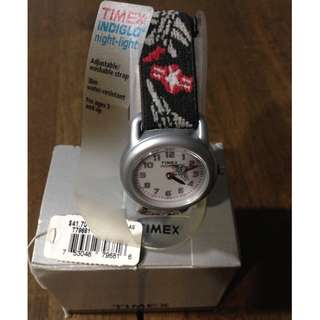 New TIMEX KIDS AEROPLANE  ✈️  WATCH ⌚️ with price tag & Box.