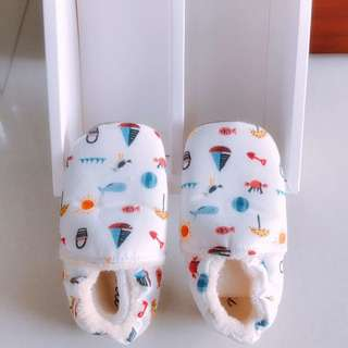 Classic prewalker shoe for baby (brand new)