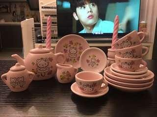 開心Share-@2002 Hello Kitty mini tea set