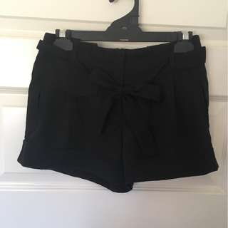 ASOS Black Paperbag Tie Waist Shorts Size 8