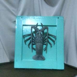 🚚 古早檜木框鑄鋁龍蝦模型