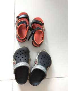 To bless 2 pairs shoes size 29 (crocs C10-11)