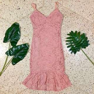 Forever21 Lace Ruffle Hem Midi Dress