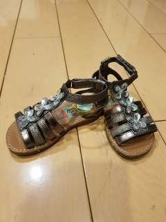 Gunmetal Gladiator Sandals US 6 under 3 YO