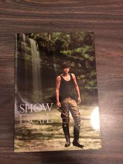 "Show Luo's 羅志祥 ""Show Escape"" 200 pages Photobook"