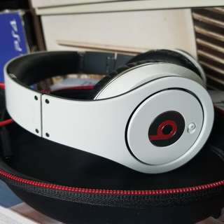 Beats Studio Wired Over-Ear Headphone - White non box retail