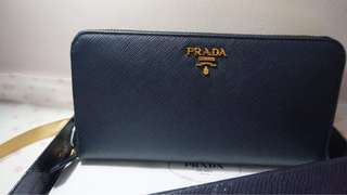 Prada saffiano metal long zip around wallet-nero
