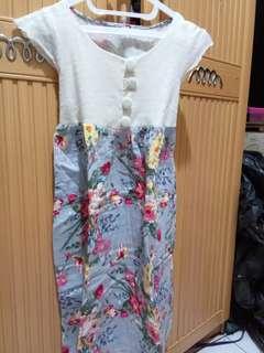 Dress flower 100rb 4pcs