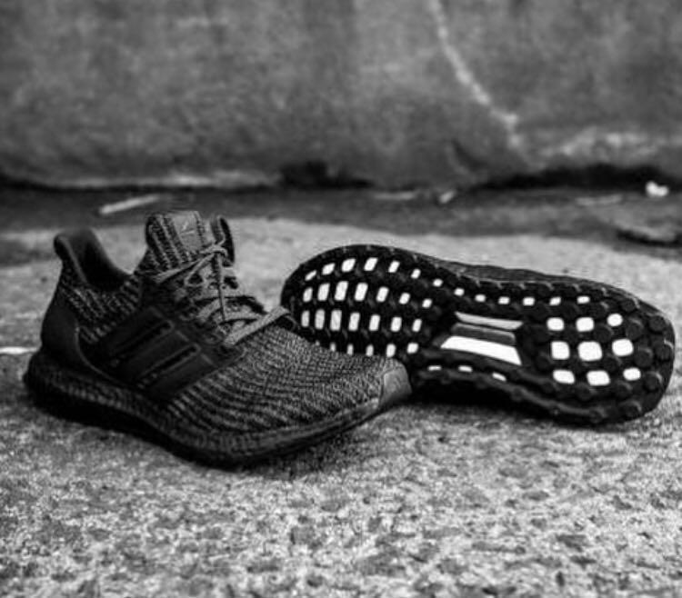 39fe34e2346c0 Adidas Ultra Boost 4.0 Triple Black