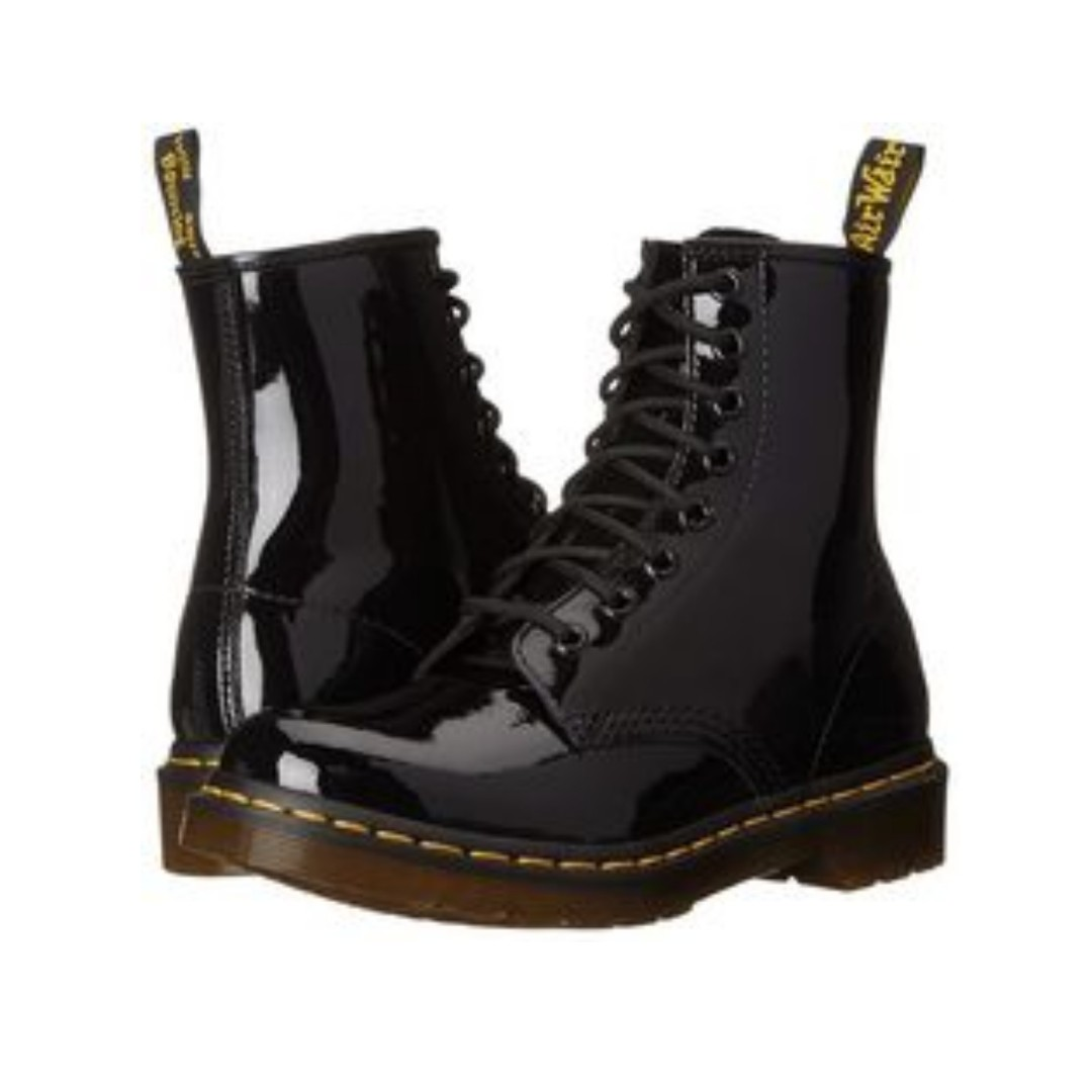 67bc3e5024b7 Dr Martens Modern Classics 1460 Patent 8-Eye Boots, Women's Fashion, Shoes  on Carousell
