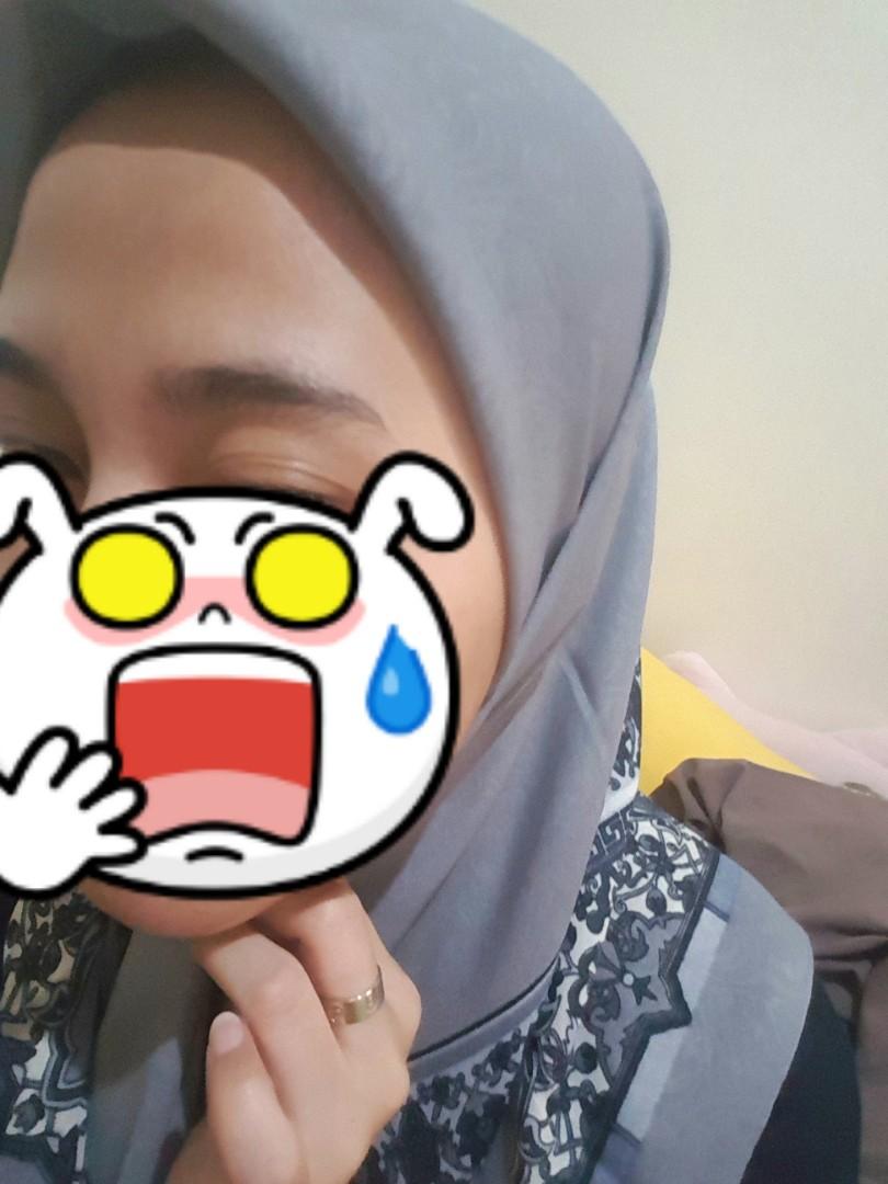 Hijab motif abu