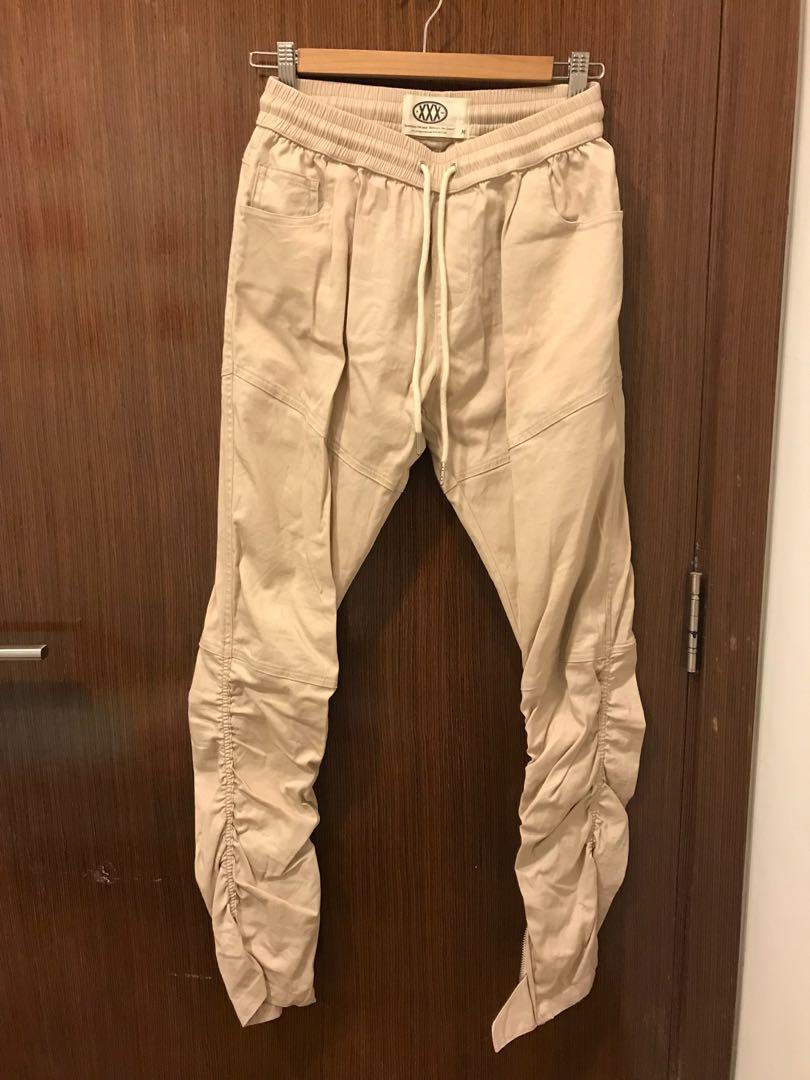 f68bd91e6f1 Khaki pants