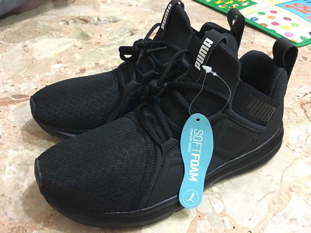acheter pas cher b92f6 e0f2d Puma Soft Foam Shoes, Luxury, Apparel on Carousell