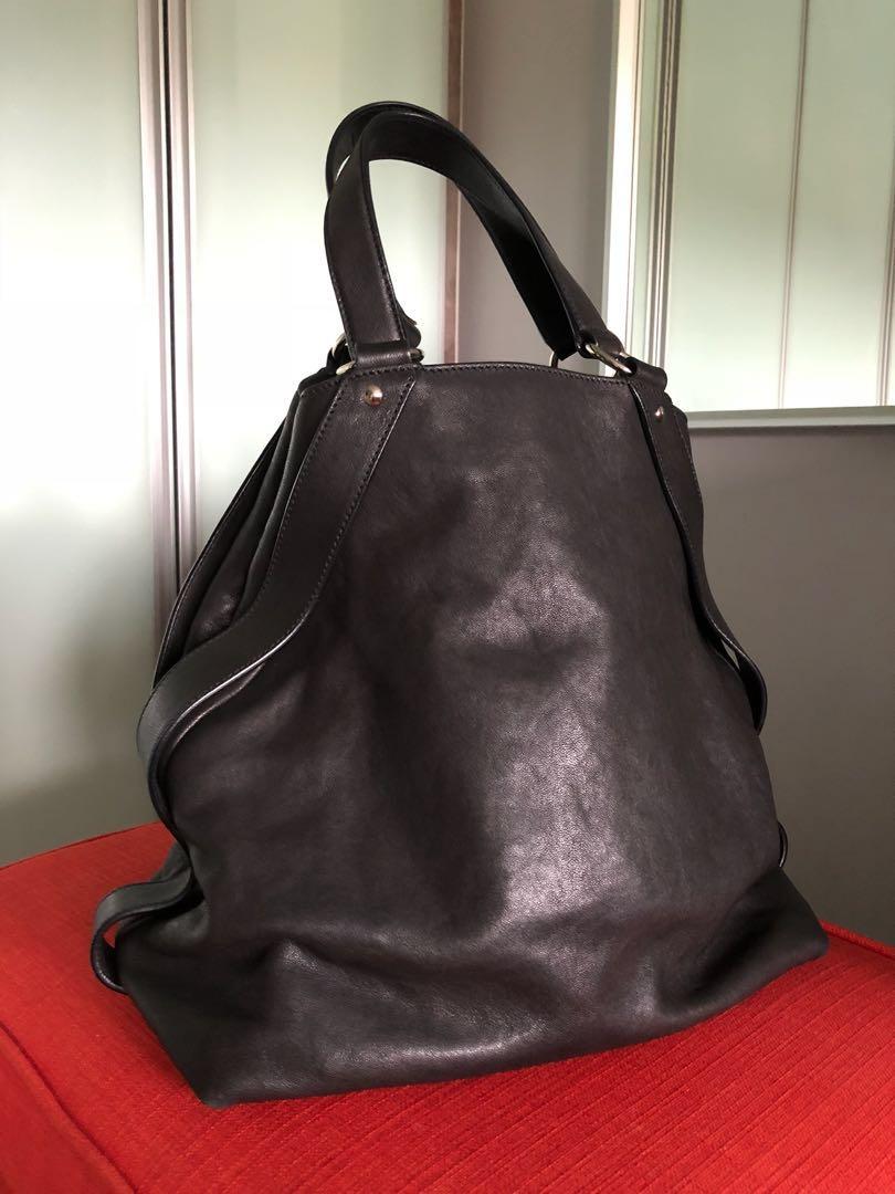 e1ddf11d4bc4 YSL Yves Saint Laurent Black Y Leather Tote Bag