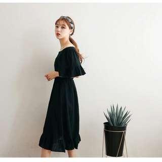 E22257 夏裝新款大碼顯瘦一字露肩連衣裙(單色黑色)