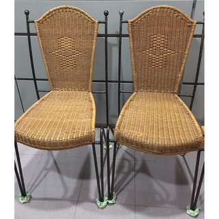 Dining chairs (x3)
