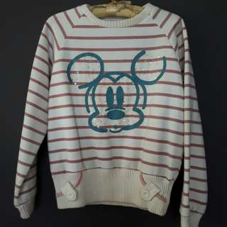 Mickey sweater for only 300!