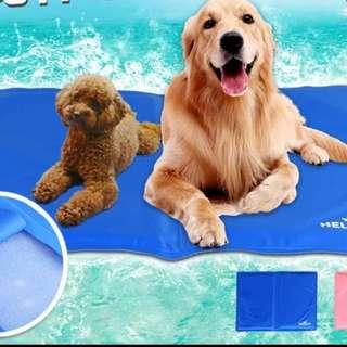 🚚 【預購-M號下單區】寵物狗狗冰墊泰迪金毛大型犬夏天耐咬凉席凉墊夏季降溫貓咪狗窩墊