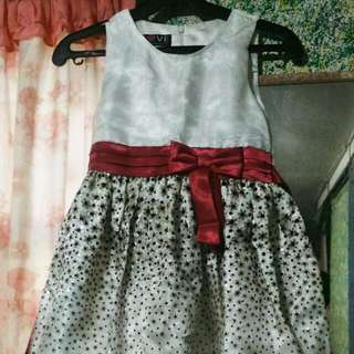 Girls Elegant Dress / Semi Gown
