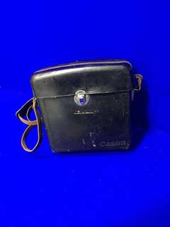 Antique/Vintage Collectibles: Carrying case for Canon C-8 grip