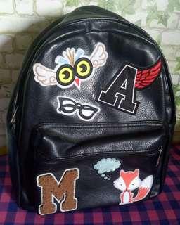 Stadivarius bagpack