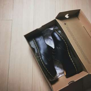 Dr. Martens 馬丁大夫 黑色 英倫風 1461皮鞋 男女款size:36-44