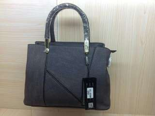 Handbag with sling 2 colors Just pm for the price.... P950