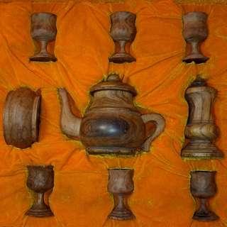 「海南或越南黃花梨木 九頭茶具」